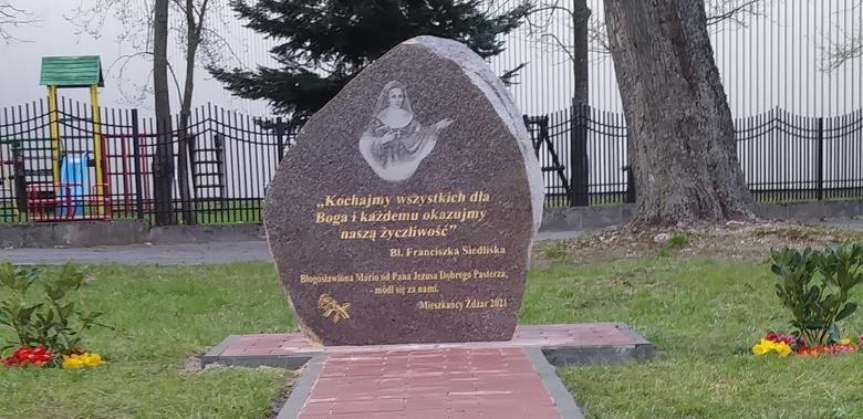Poświęcenie pamiątkowego kamienia w Żdżarach